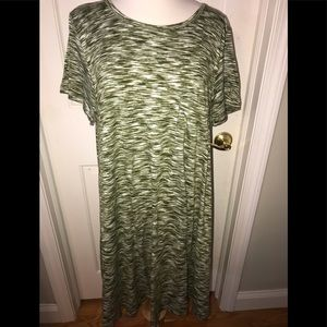 LuLaRoe Carly Dress w/ Breast pocket. Size XL